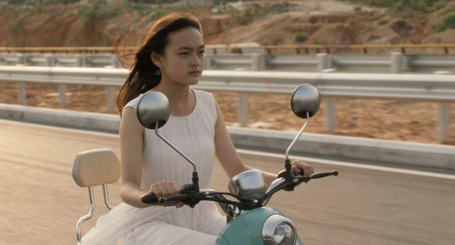 angels_wear_white_still_2_c_22_hours_films