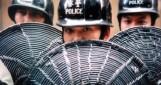 La dernière nuit de la police royale de Hong Kong : un corps, deux drapeau (partie 1)