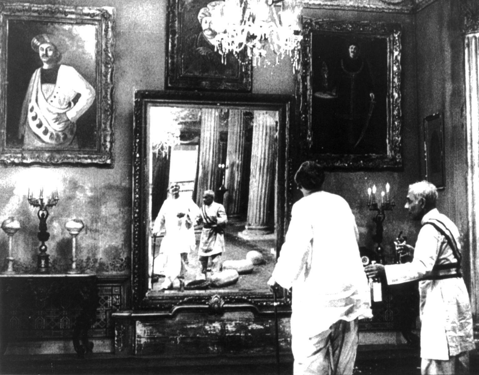 La Salon de musique de Satyajit RAY (1958)