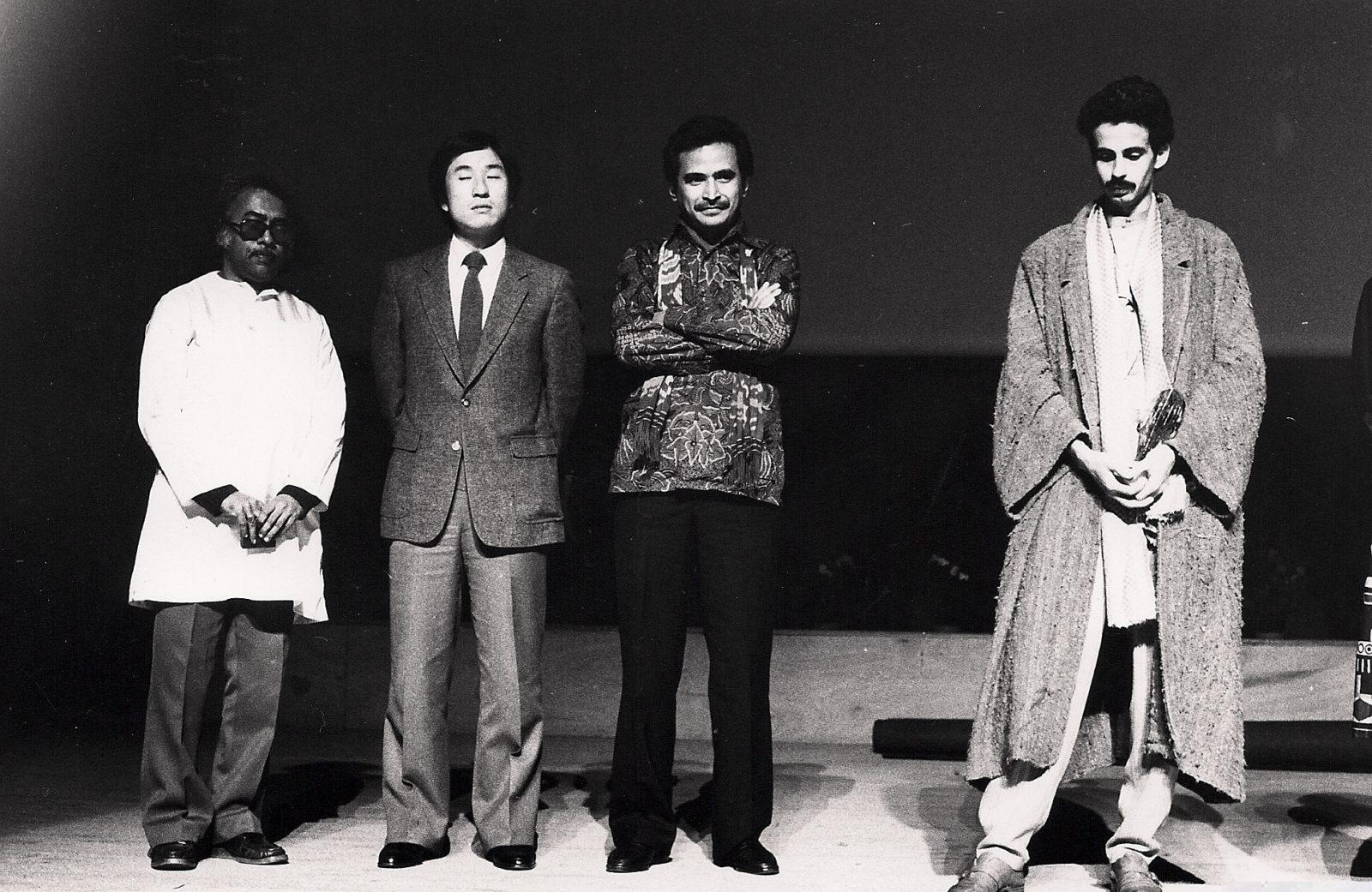 Dilip Chitre à gauche , Siamet Rahardjo et Nacer Khémir à droite