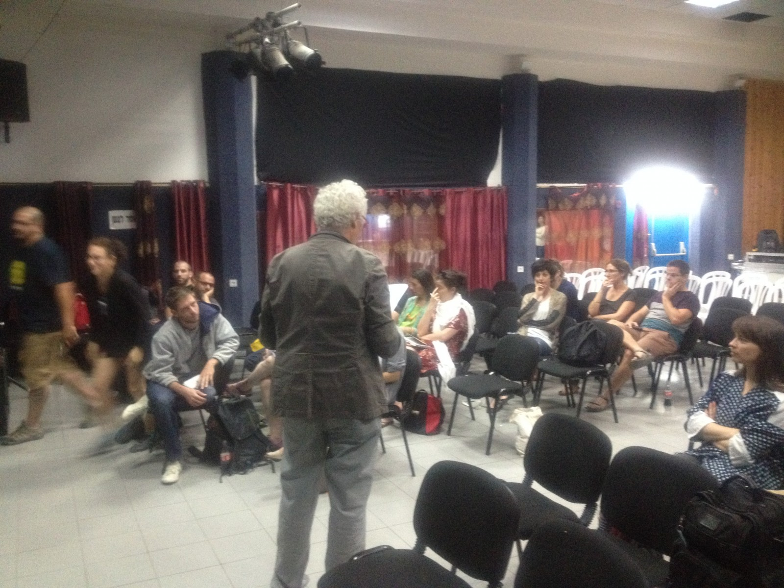 Pitch presentation moderated by italian producer Stefano Tealdi