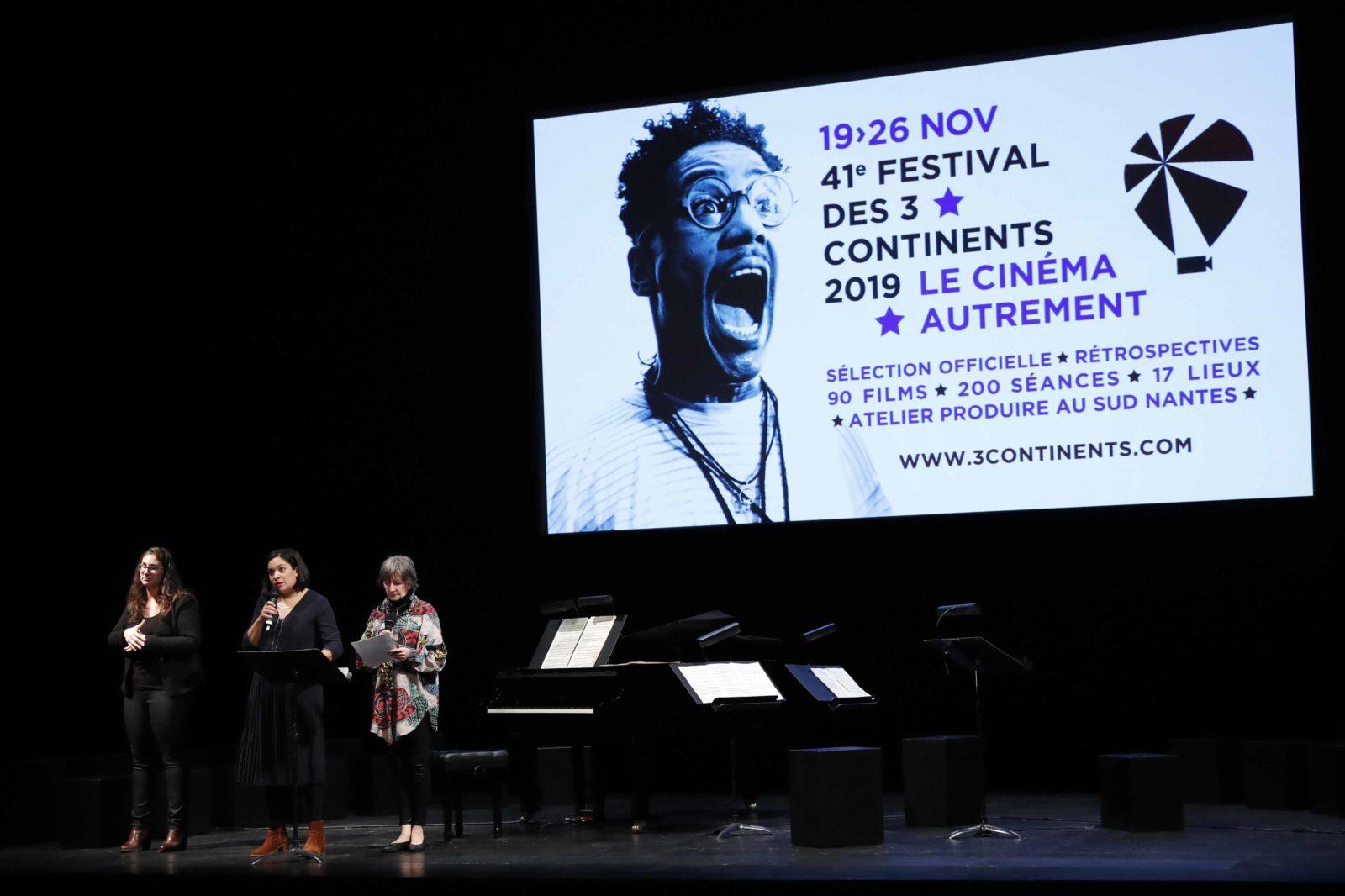 Anne-Laure Josephine, Dominique Read et l'interprète LSF  © S Mahé