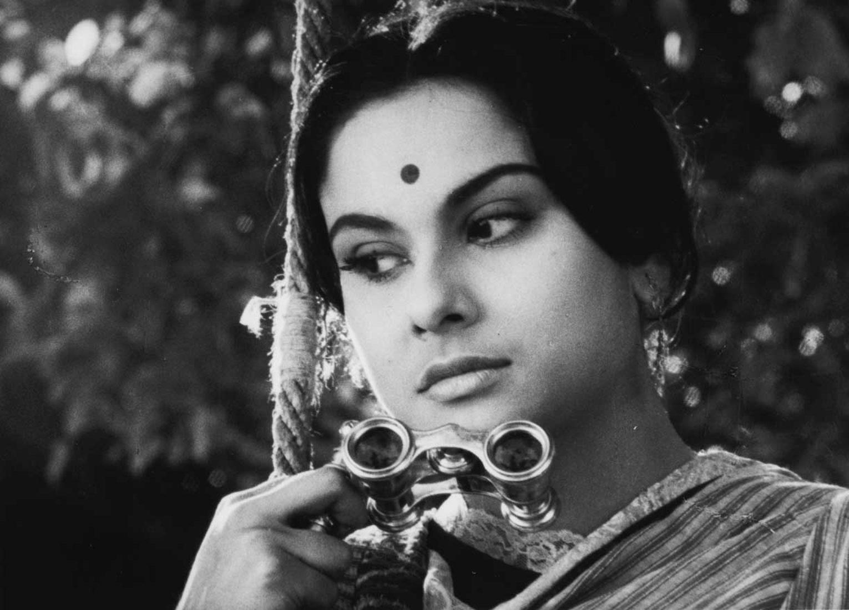Charulata_Satyajit Ray_1964