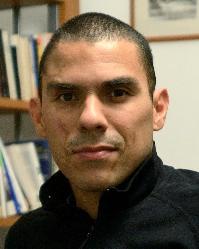 PAS Caracas 2013 - Gustavo Rondon Cordova (Vénézuela) - Réalisateur - THE FAMILY